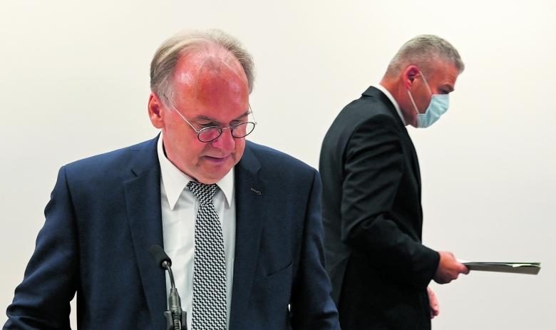 Getrennte Wege: Das Zerwürfnis zwischen Ministerpräsident Haseloff (links) und dem bisherigen CDU-Landesvorsitzenden Stahlknecht offenbart auch manch Konfliktlinien innerhalb der gesamten Partei