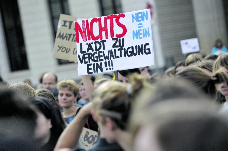 Die Wut der potentiellen Opfer wächst: Demo gegen Vergewaltigungen in Berlin