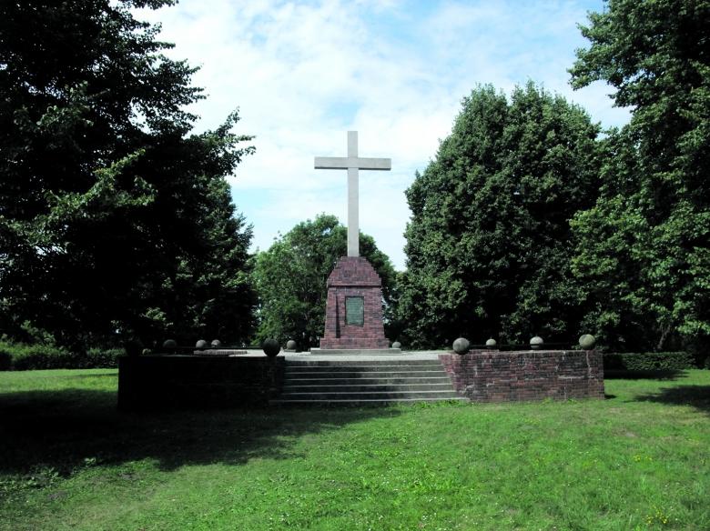 Christianisierungsdenkmal auf dem Usedomer Schlossberg