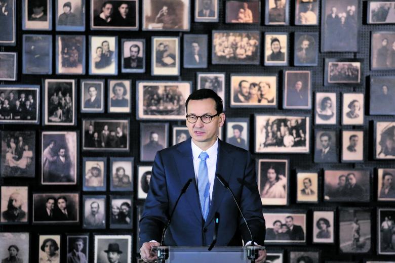 NS-Verbrechen rügen, aber die polnischen verschweigen: Mateusz Morawiecki in Auschwitz